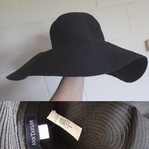 NWT ANN TAYLOR Black Wide Brim Sun Hat